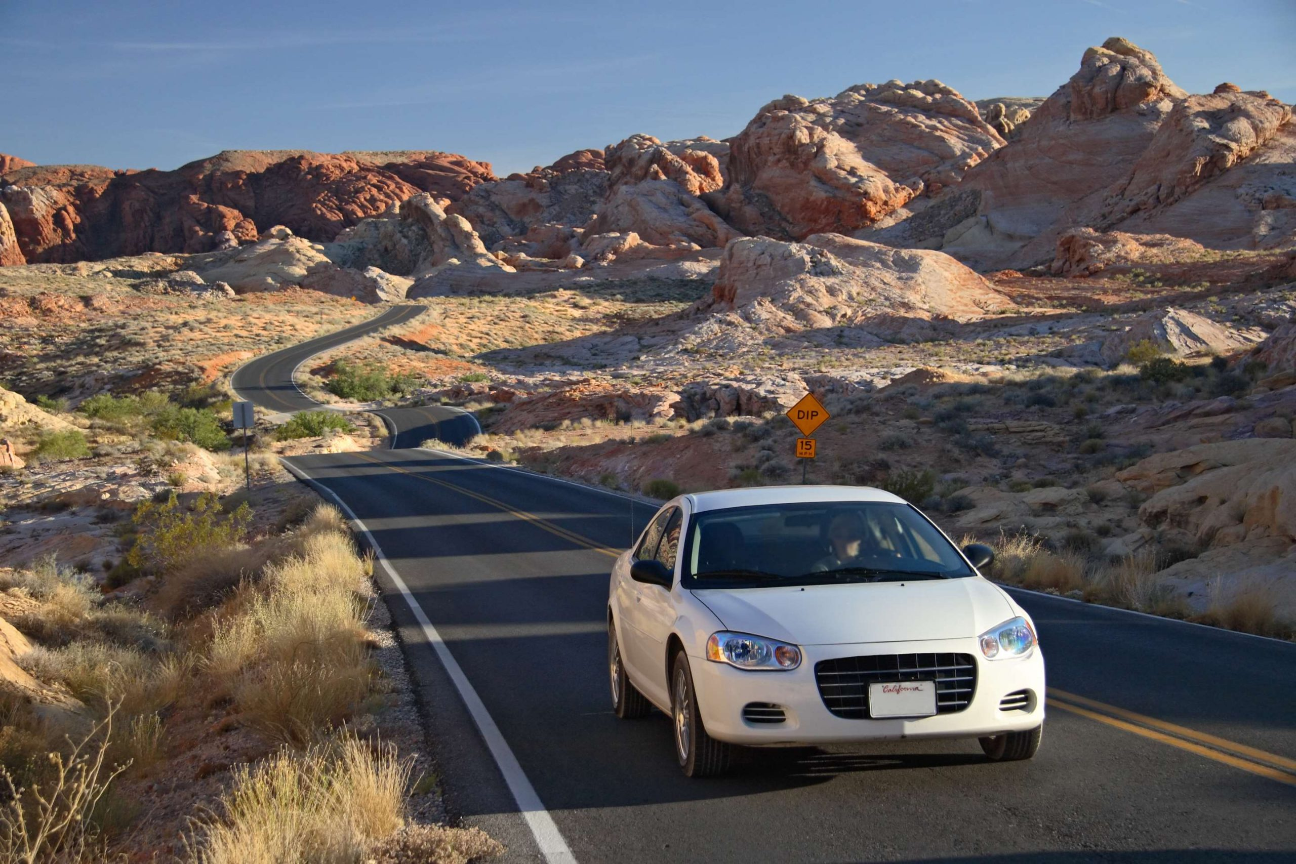 High-end Car Rental - Go For Luxurious And Independent Traveling
